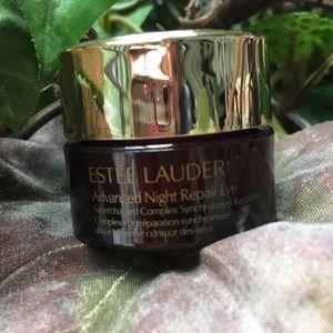 Estée Lauder advanced Night repair NWT